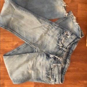 Distressed Miss me jeans size 28